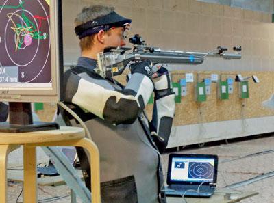 Алексей Каменский победил вдвух упражнениях: стрельбе изпневматической винтовки истрельбе лёжа