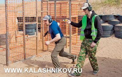Команда Ростех-Калашников, которая заняла первое место наТурнире, воглаве сдвукратным чемпионом России потроеборью Всеволодом Ильином