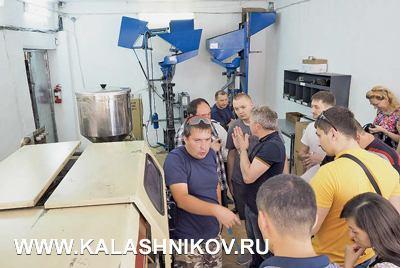 Участники семинара посетили патронный завод ТОО «АННА», где познакомились совсем производственным циклом