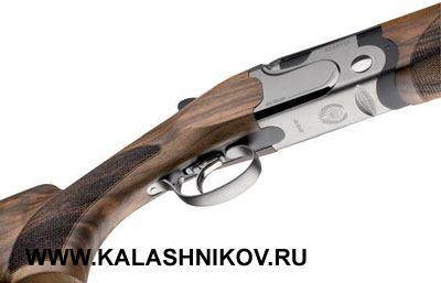 Рекомендуемая цена производителя для ружья Beretta 692 вдвое меньше, чем стоимость DT10или DT11. То, кто неготов потратить большую сумму, сэтим ружьём получает реальную альтернативу.