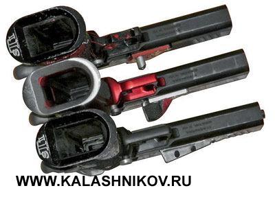 У этих внешне похожих пистолетов одинаковые только производитель и тип кобуры. Даже магазины подогнаны под конкретную рукоятку