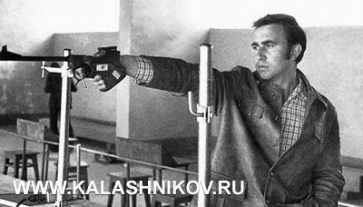 На чемпионате СССР 1974-го года в Ташкенте. Стрельба из произвольного пистолета на 50 м