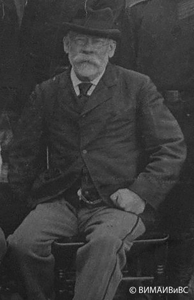 В.М.Квашневский, оружейный мастер