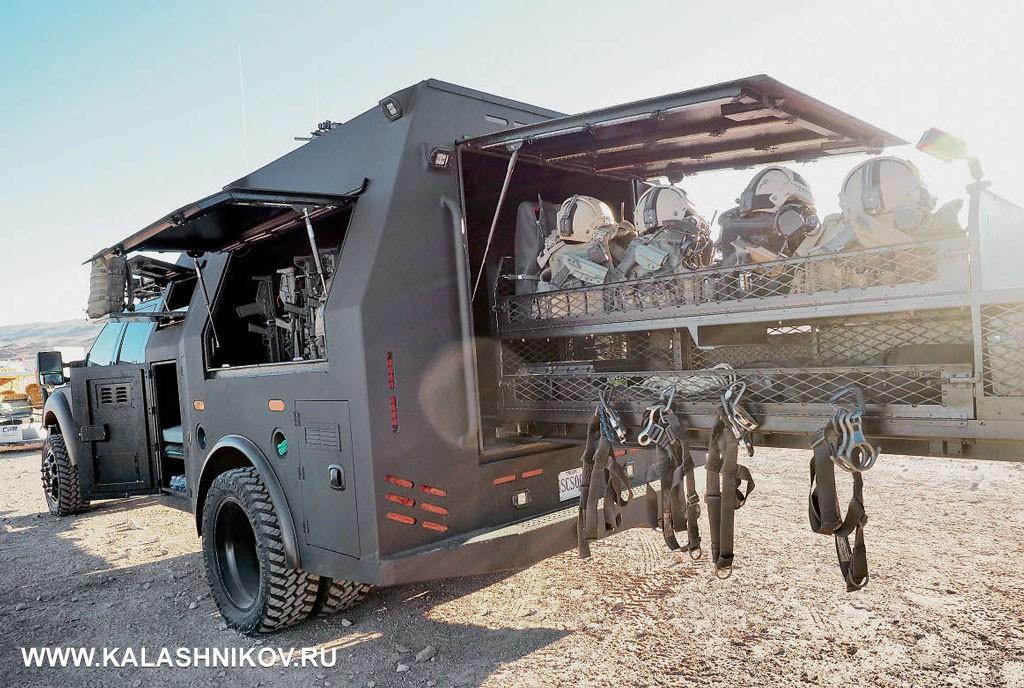 Экспедиционный грузовик для штурмовых групп SHOT Show 2017