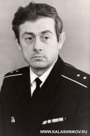 Зигмунд Домбраускас, оружейный мастер