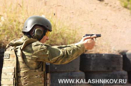 пистолет макарова (ПМ) на стрельбище