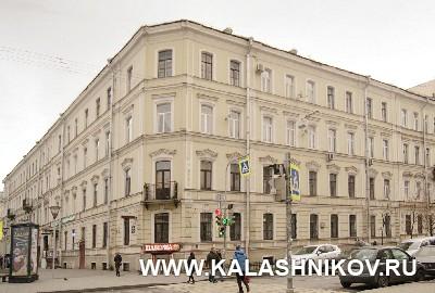 Дом на улице Кабинетскойул (нынеул. Правды) №12. Иллюстрация к статье в журнале «КАЛАШНИКОВ»