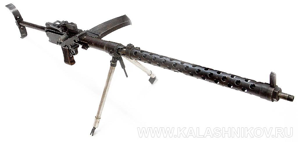 Общий вид 7,62-мм ручного пулемёта «Дрейзе» под патрон 7,63х53R. Иллюстрация к статье в журнале «КАЛАШНИКОВ»