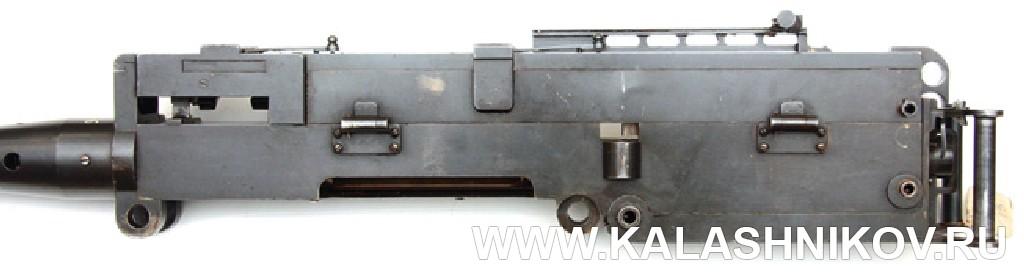 Ствольная коробка пулемёта 5.П.II, вид слева. Фото из журнала «Калашников»