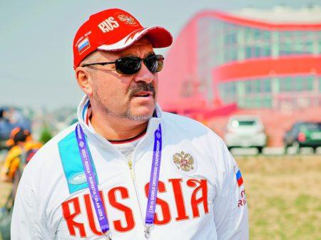 """Валерий Ашихмин. Фото журнала """"Калашникова"""""""