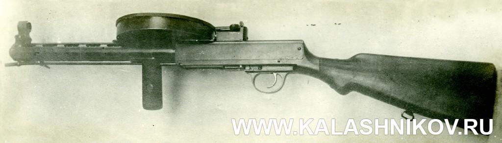 Пистолет-пулемёт Дегтярёва (1929 г.), вид слева. Журнал «Калашников»