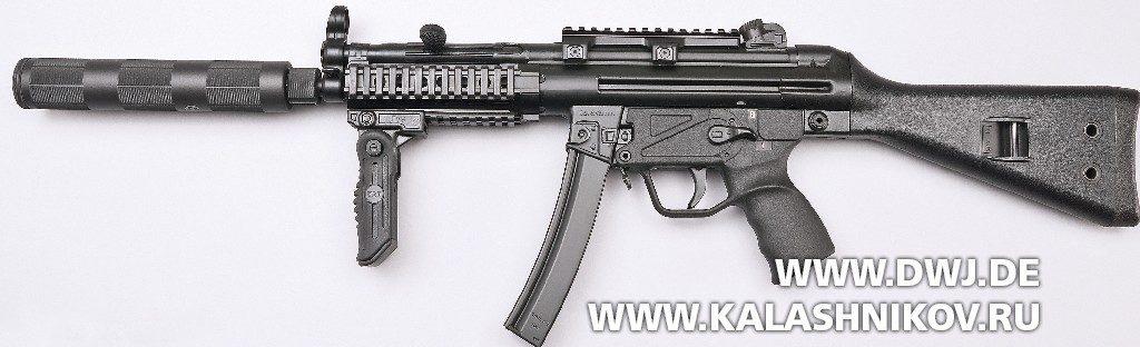 Пистолет-пулемёт MKE T94. Вид слева