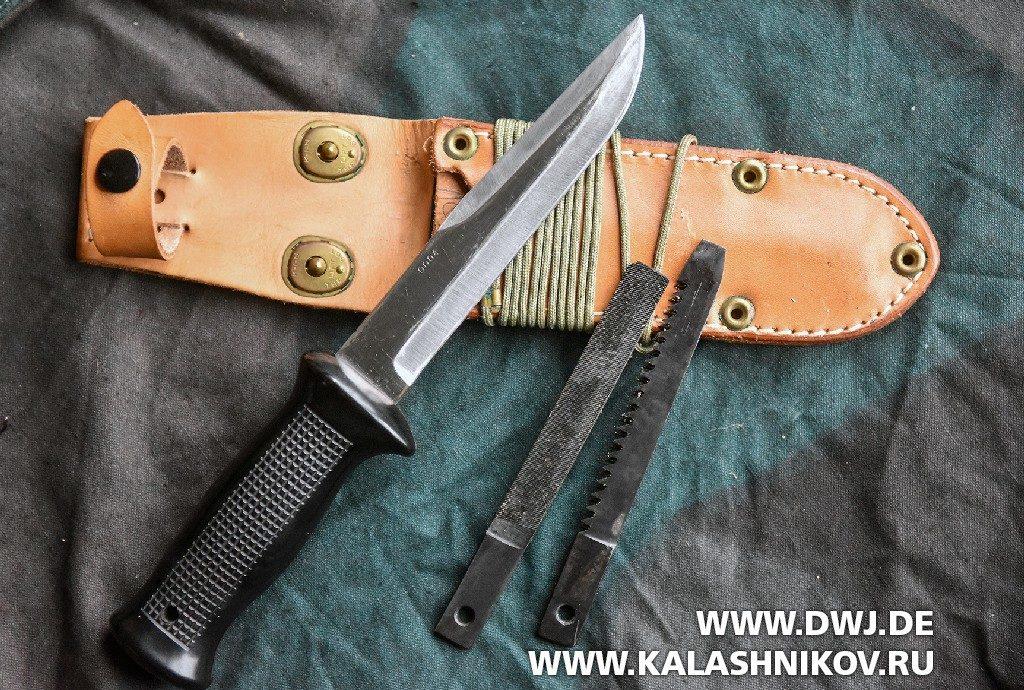 Чехословацкий боевой нож UTON с ножнами и принадлежностями