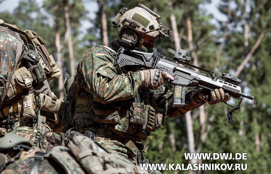 Стрелок с штурмовой винтовкой G36