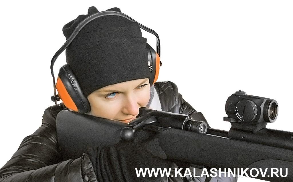 Стрельба из карабина Blaser R8 с прицелом Aimpoint Micro патронами Кентавр .243 Win. Журнал Калашников