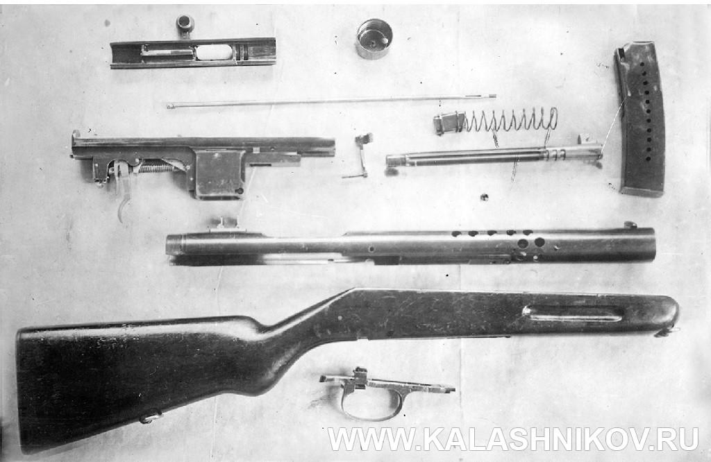 Пистолет-пулемёт Токарева № 1, разборка для чистки. Журнал Калашников