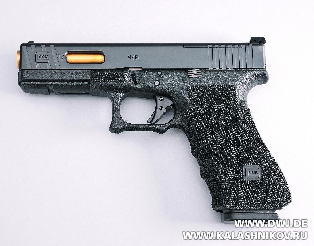 Пистолет Glock 17 Gen4 MOS, журнал Калашников, DWJ