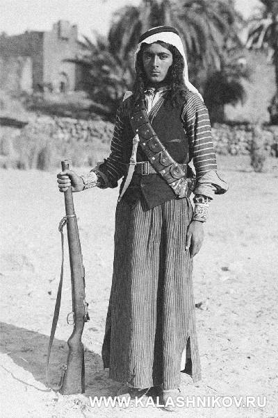 Турецкий солдат с винтовкой Маузера. Журнал Калашников