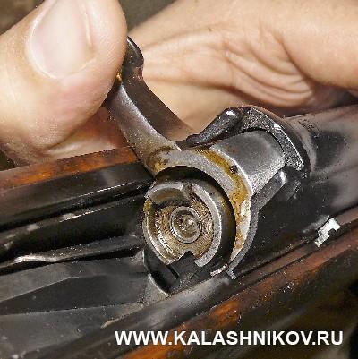 Затвор винтовки Токарева с капсюльным двигателем. Журнал Калашников
