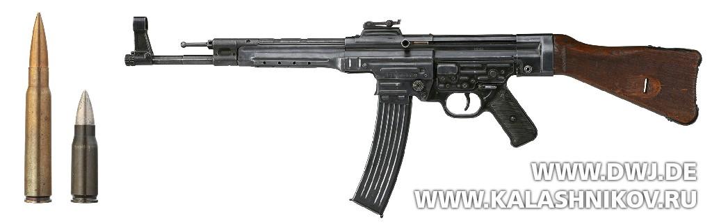 Штурмовая винтовка Sturmgewehr 44. Журнал Калашников. DWJ