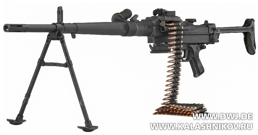 Пулемёт Mle 1952 NATO Nominated Weapon. Журнал Калашников