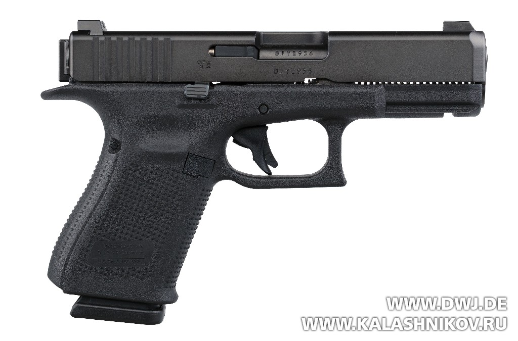 Glock G46 окно для выброса гильзы. DWJ. Журнал Калашников