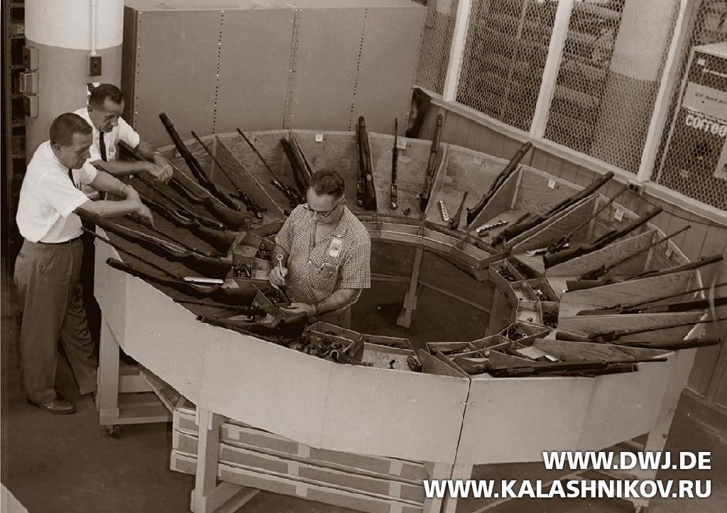 Испытание навзаимозаменяемость винтовок М14.  Журнал Калашников. DWJ