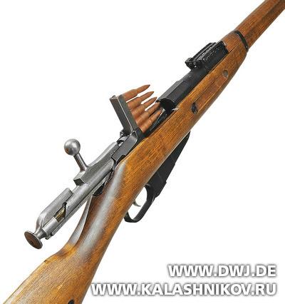Снаряжение винтовки Мосина-Нагана обоймой. Журнал Калашников. DWJ