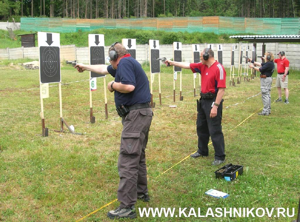 Упражнение PPC. Стрельба с коротких дистанций. Журнал Калашников