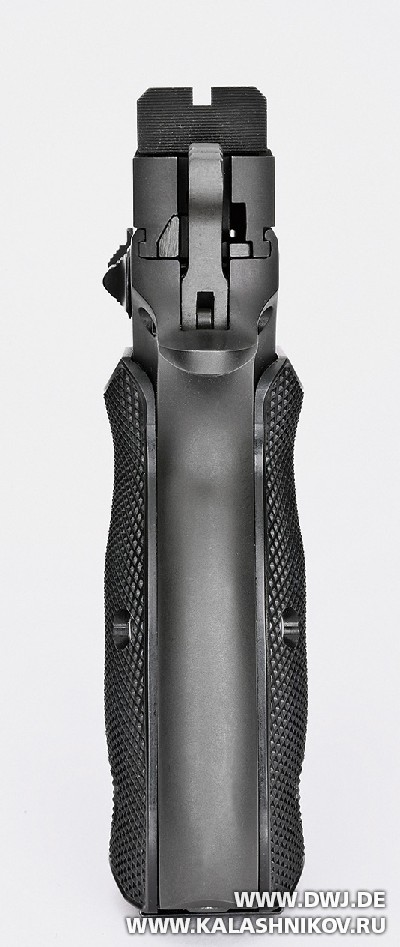Спортивный пистолет AKAH CZ 75B 6.0. Вид сзади. Журнал Калашников