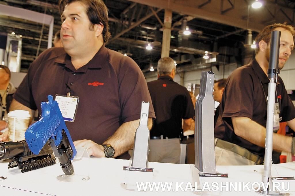 магазины для системы М16 вместимостью 55 и 100 патронов