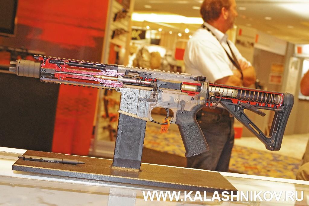 Автомат серии PWS Mk1 на выставке Shot Show 2012. Журнал Калашников