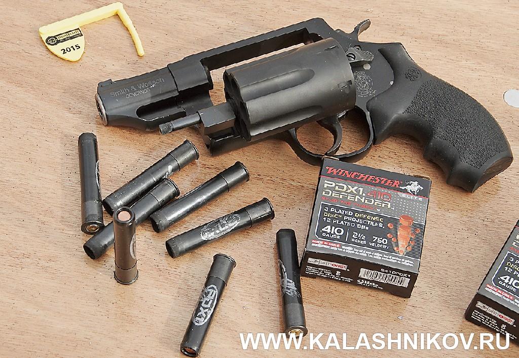револьвер .410-го калибра с «спецпатронами» Winchester SHOT Show 2015