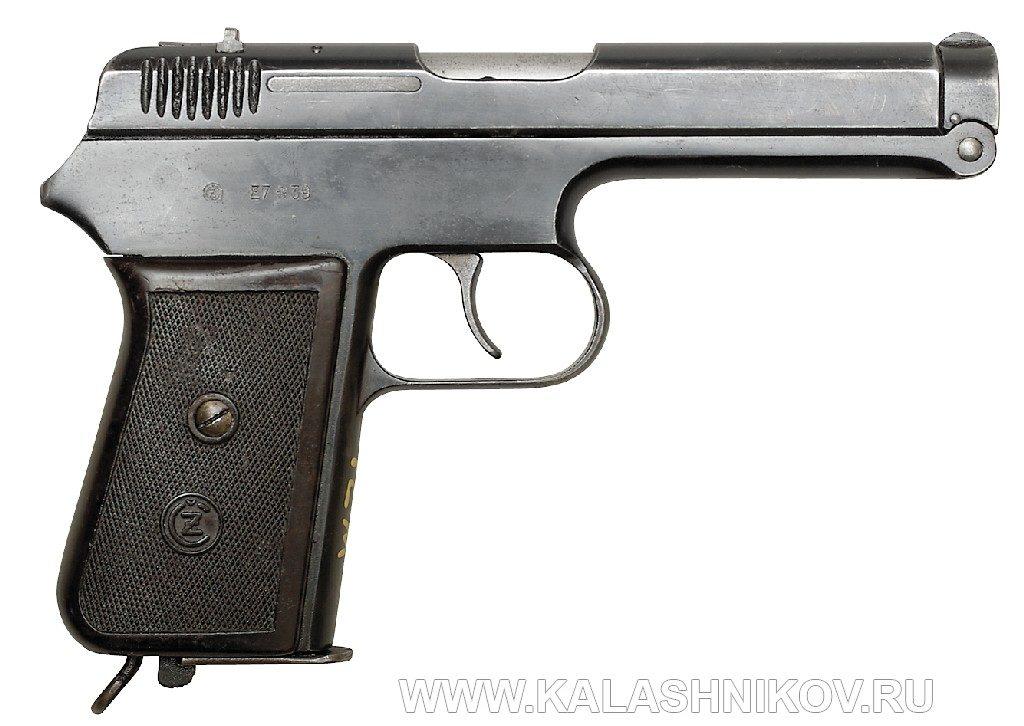 пистолет CZ 38 вид справа