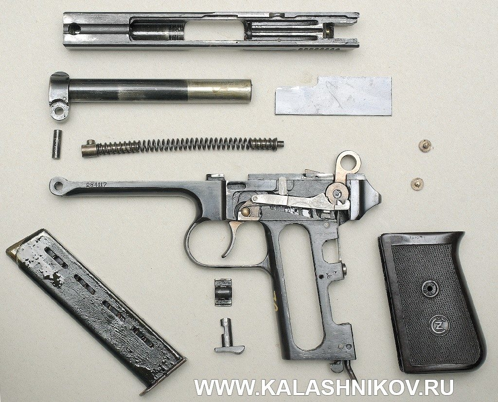 9-мм пистолет CZ 38