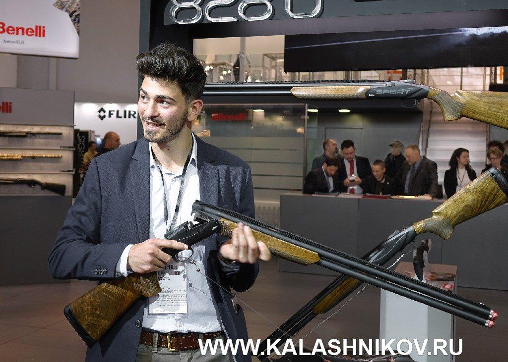 стендовое ружье Benelli 828 U Sport на выставке IWA 2019