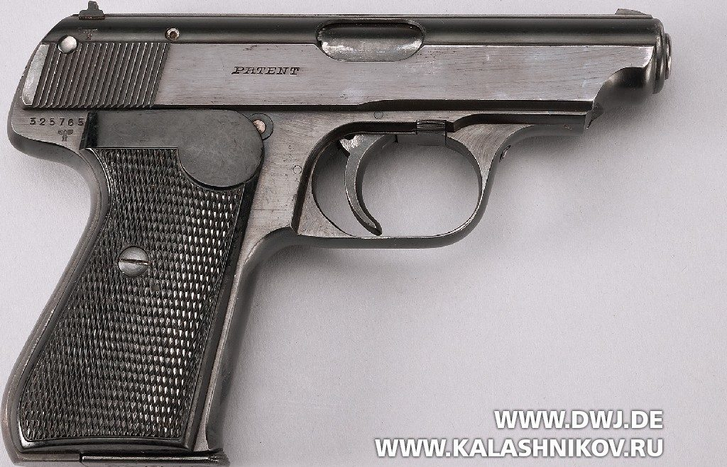 пистолет  Sauer & Sohn 38 вид справа