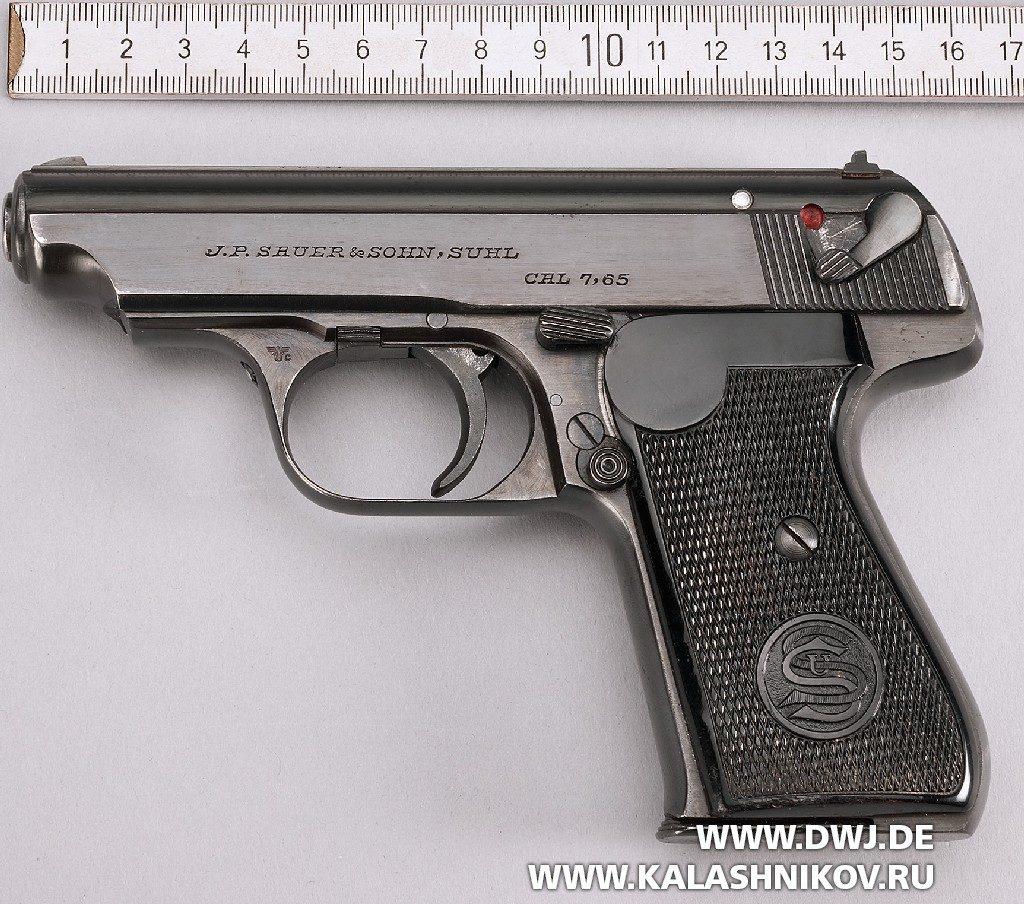 пистолет  Sauer & Sohn 38 вид слева
