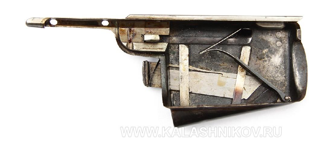 Открытый магазин с включенной пружиной 4,2-лин. магазинной переделочной винтовки конструкции Бердана-Игнатовича 1885г.