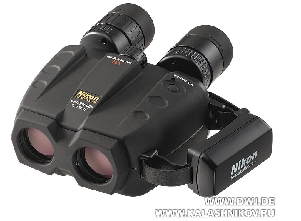 Бинокль Nikon StabilEyes 12x32