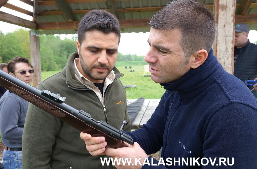 Оружейники компании Huglu на III Кубке «Северный тюльпан» с винтовкой CZ 457
