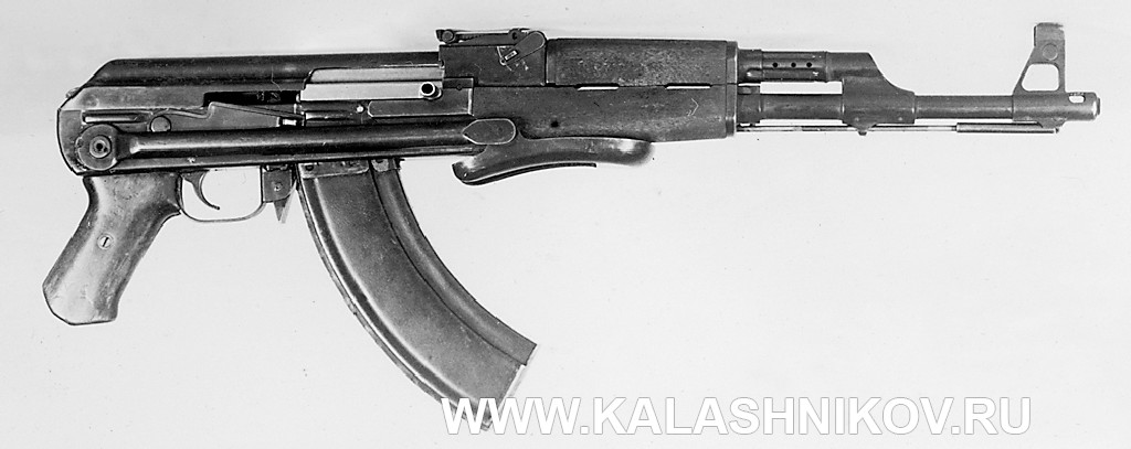 опытный Автомат Калашникова (АК) №3  Вид справа
