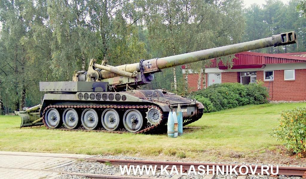 8-дюймовая самоходная гаубица M110A2