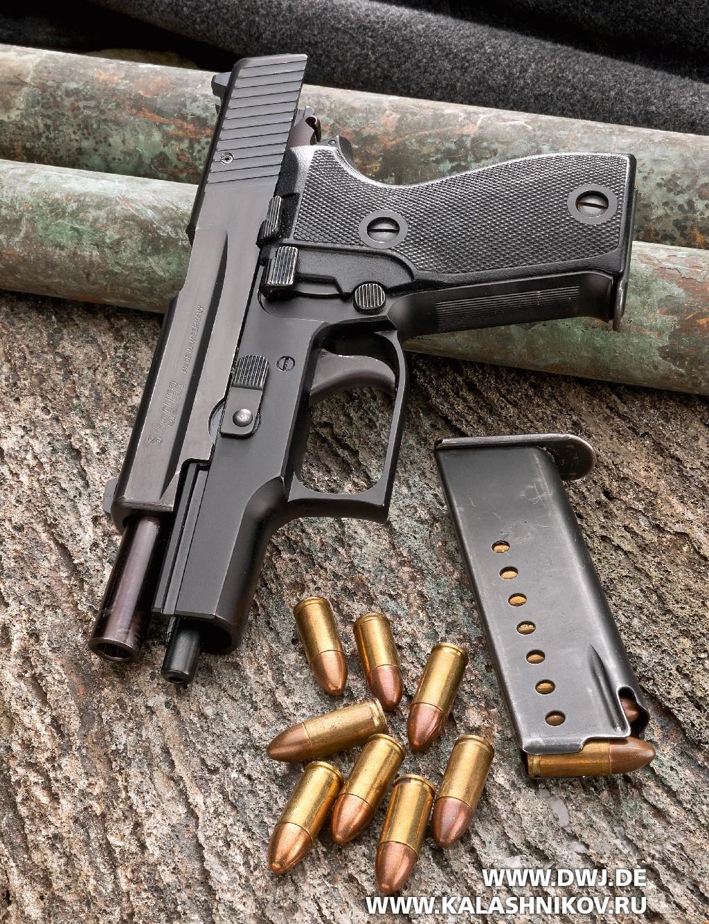 Пистолет SIG Sauer Р6 с магазином и патронами