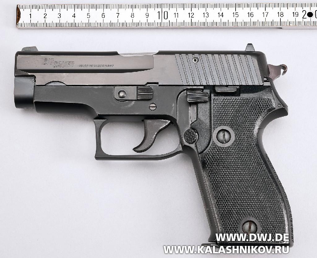 Пистолет SIG Sauer Р6 вид слева