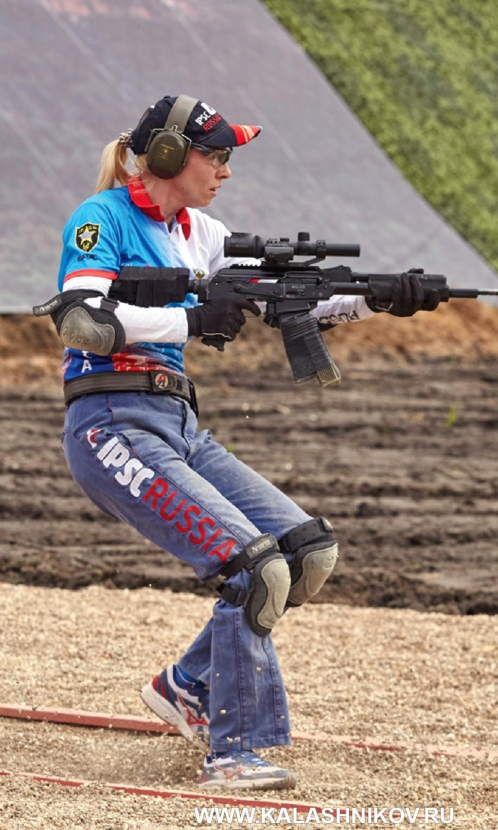 Анастасия Черненко на Чемпионате мира по практической стрельбе изкарабина 2017 г.