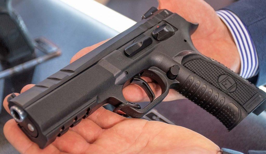 Ударниковый пистолет, страйкер, Tanfoglio Force Esse