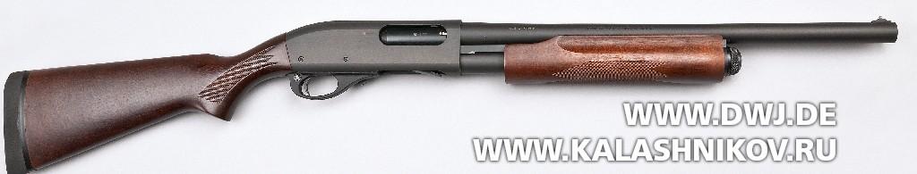 Помповое ружье Remington 870 Hardwood Home Defense. Вид справа