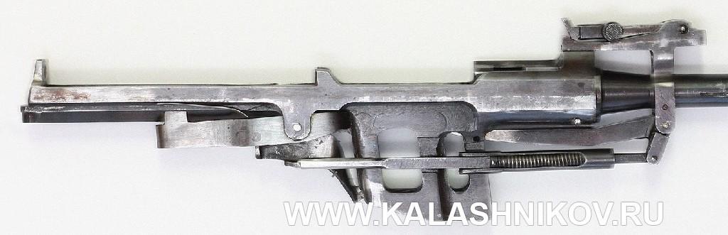 7,62 самозарядный карабин М.Т. Калашникова-Петрова СККП 1944-45 гг. Ствольная коробка
