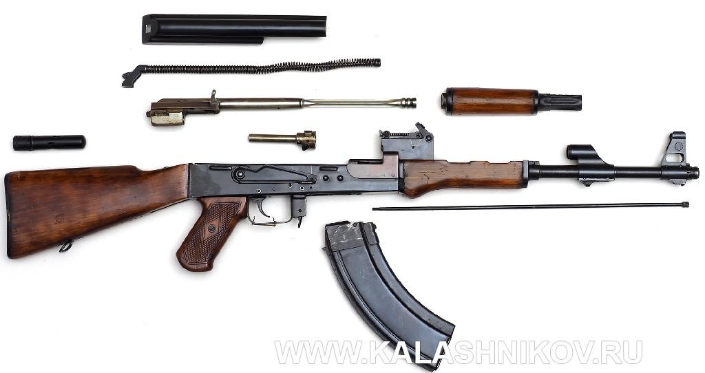 Неполная разборка автомата Калашникова АК-47